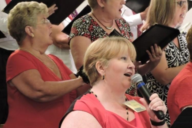 2015 LCR Kim choir 363 x 242
